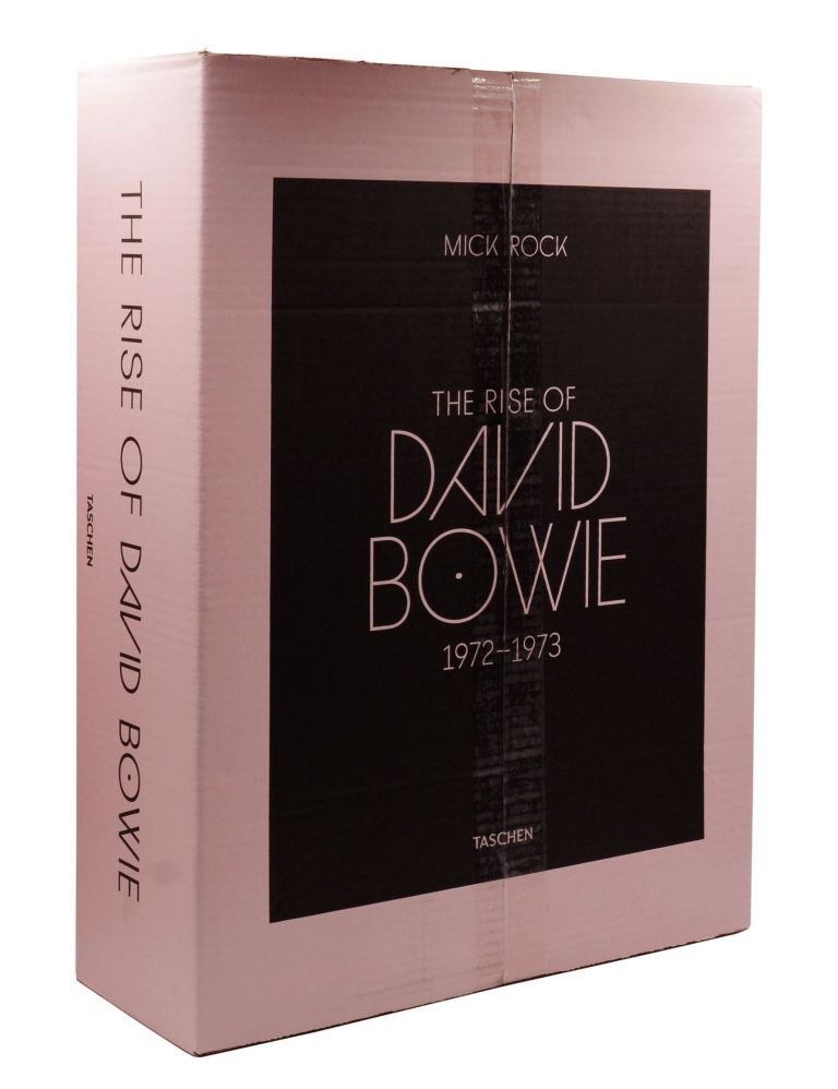 The Rise of David Bowie 1972-1973. David Bowie, Mick Rock, Photographer.